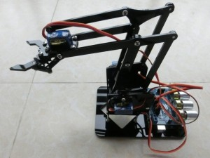 mini-robotic-arm-arduino-roboromania